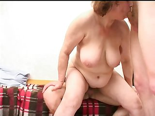 Mom with flabby body, saggy boobs &..