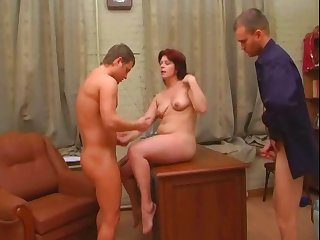 Amateur mature mother fucked anal