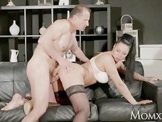 MOM Big tits Milf gives deep blow job..