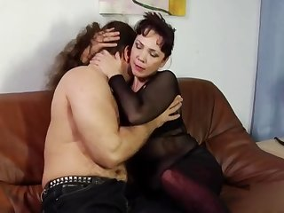 Rus Bossy Mom 05